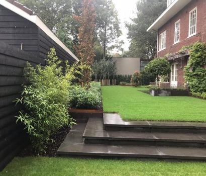 foto van Villatuin cortenstaal in Aerdenhout